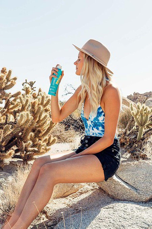 Coola Classic Body Organic Sunscreen Spray SPF 30, Pina Colada, 6oz, , large image number 2