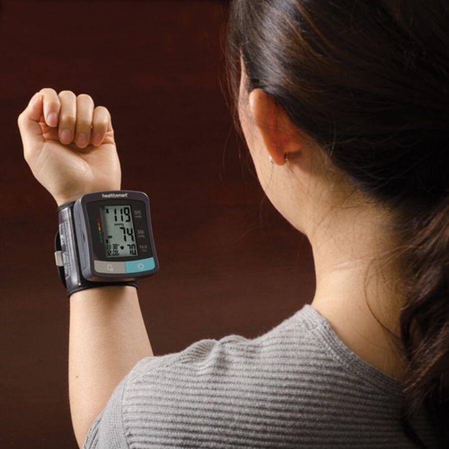 HealthSmart Standard Series LCD Wrist Digital Blood Pressure Monitor, , large image number 7